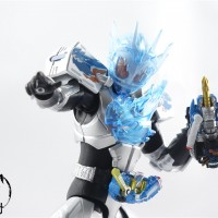 S.H.Figuarts 假面骑士Cross-Z Charge